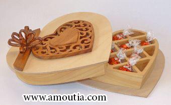 جعبه چوبی برای شکلات شکل قلب