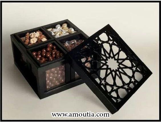 جعبه شکلات با درب جداگانه و طرح خاص
