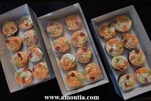 کاپ کیک طرح پاییزی درون جعبه