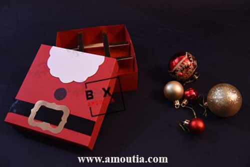 جعبه کریسمس با طرح بابانوئل دارای جداکننده مناسب برای شکلات