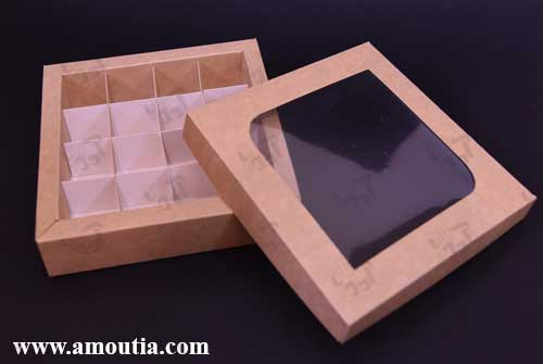 جعبه شکلات با درب باز شده به رنگ کاهی