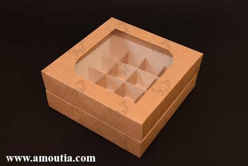 جعبه شکلات 16 تایی با درب بسته شده