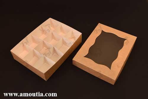 جعبه شکلات 12 تایی با مقوای کاهی درب باز شده